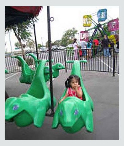 Dino-Swing-Ride